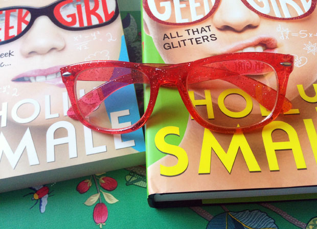 Book Review & Giveaway: Geek Girl 4 - All That Glitters by Holly Smale A Mum Reviews
