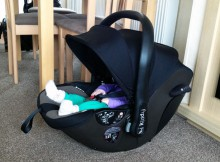 Kiddy Evoluna i-size Car Seat Review - with ISOFIX Base 2 included A Mum Reviews