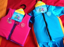 Speedo Sea Squad Float Vest & Floatsuit Review - Learn To Swim A Mum Reviews