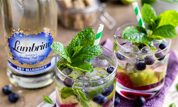 Hey Blueberry Lambrini Review + Cocktail Recipe A Mum Reviews