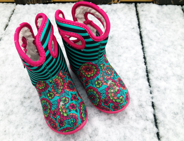 #MiniOneWears – Bogs Kids Waterproof Classic Boots Review A Mum Reviews