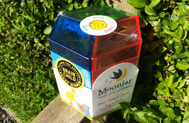 Help Your Kids Learn About Money + Moonjar Moneybox Giveaway A Mum Reviews