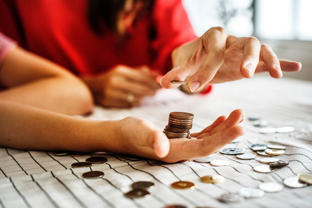 When Should We Start Teaching Children about Finance? A Mum Reviews