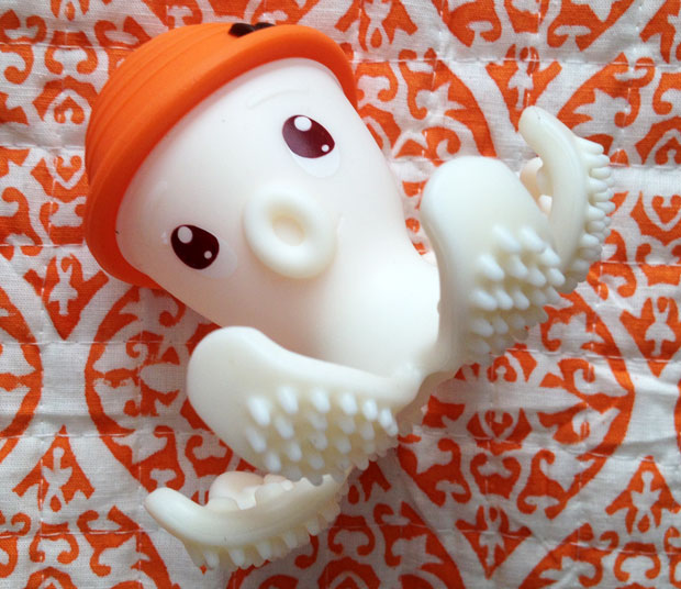 Mombella Octopus Teether Toy Review - A Mum Reviews e5428beb5444