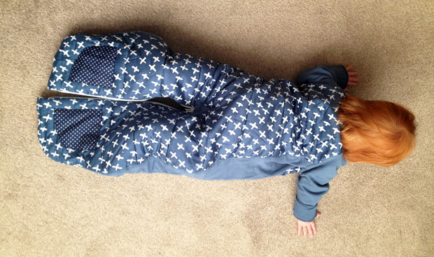 ergoPouch Winter Sleepsuit Bag Review - 2.5 tog with Sleeves A Mum Reviews