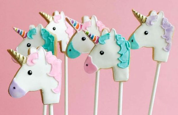 12 Amazing Unicorn Cakes & Bakes To Make or Admire A Mum Reviews