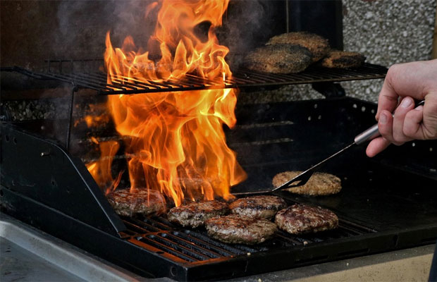 Important Barbecue Safety Tips – Stay Safe Whilst Enjoying BBQ Season A Mum Reviews