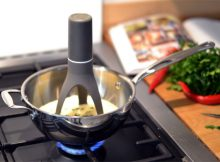Giveaway: Win a Stirr Automatic Pan Stirrer in Time for Christmas! A Mum Reviews