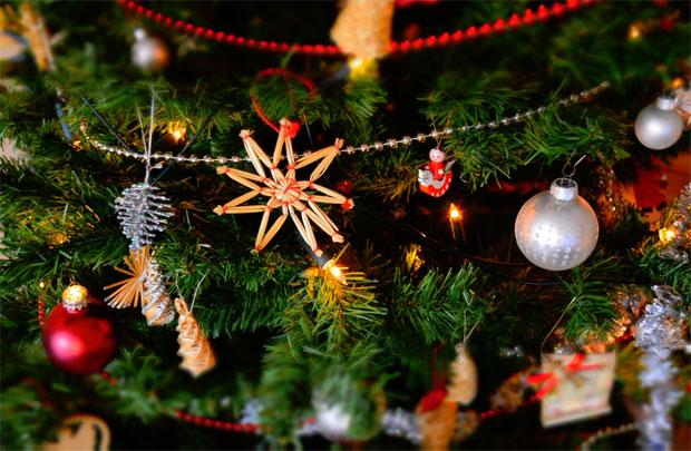 Toddler Safe Christmas Decoration Tips & Tricks A Mum Reviews