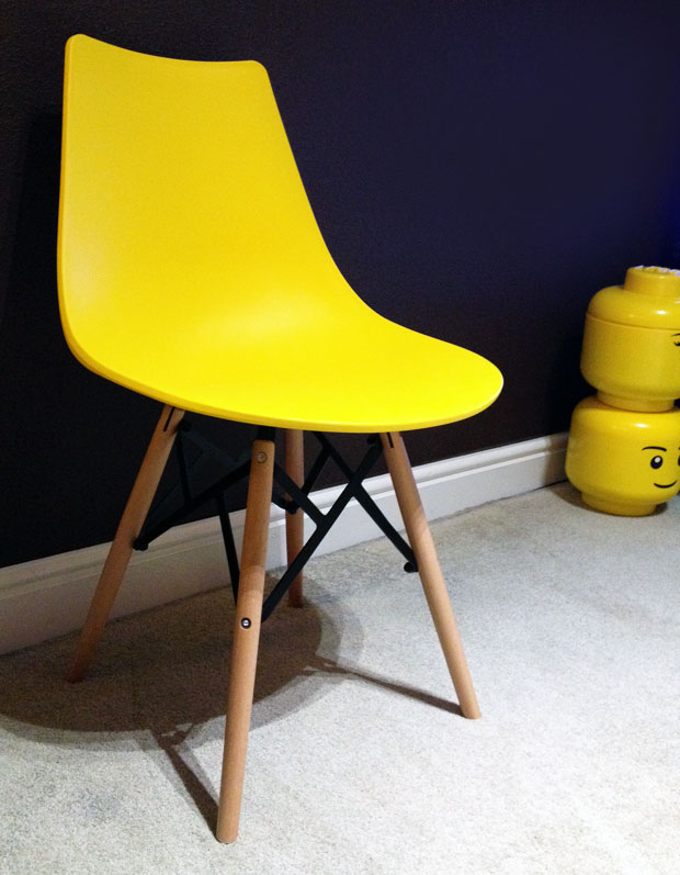 New Addition - Lakeland Furniture Retro Plastic Dining Chair A Mum Reviews