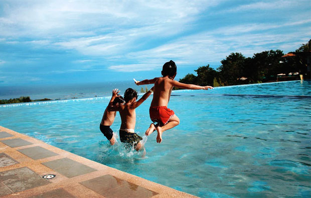 Can You Really Take The Family On Holiday Stress-Free? A Mum Reviews