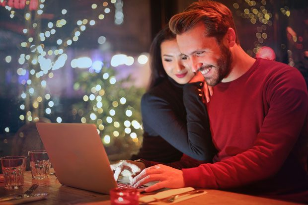 How to Save Money when Christmas Shopping Online A Mum Reviews