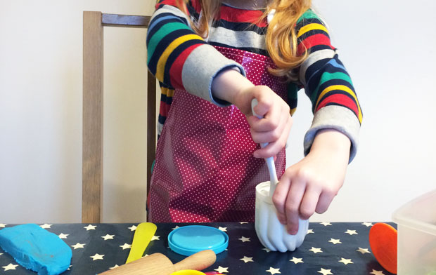 Messy Me Apron and The Messy Tunic Review A Mum Reviews