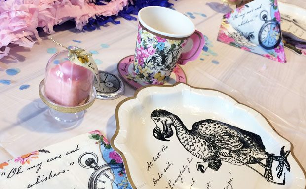 Art & Party Co Alice in Wonderland Party Kit Review A Mum Reviews