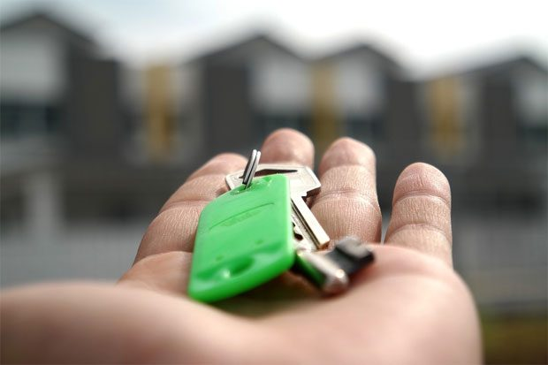 Should I Use a Mortgage Broker Instead Of a Bank? A Mum Reviews