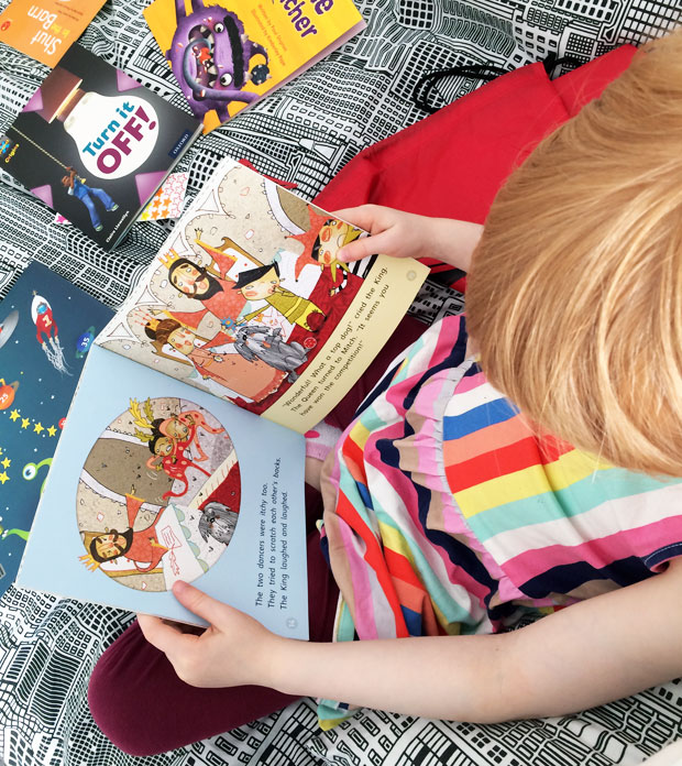 Review: Reading Chest, the Children's Book Rental A Mum Reviews