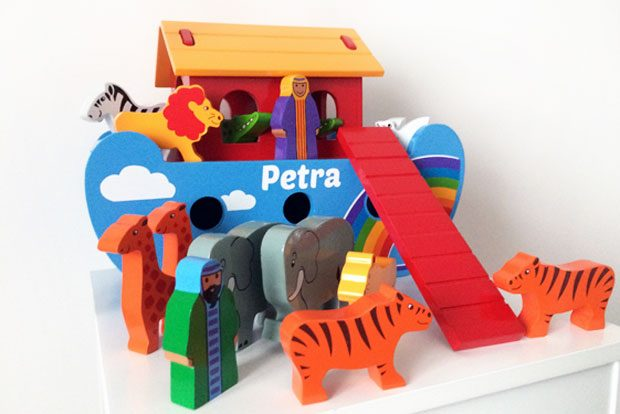 Children's Christmas Gift Guide | Win a Lanka Kade Rainbow Noah's Ark! A Mum Reviews