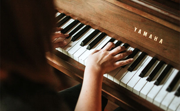 AD | Skoove Review & Giveaway - Learn to Play the Piano A Mum Reviews