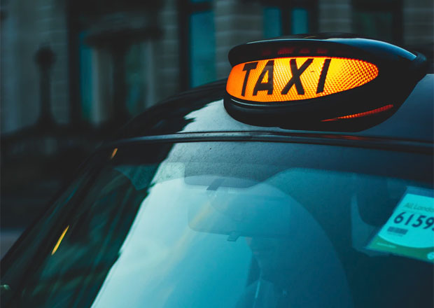 Things To Consider When Travelling By Taxi Over Driving A Mum Reviews