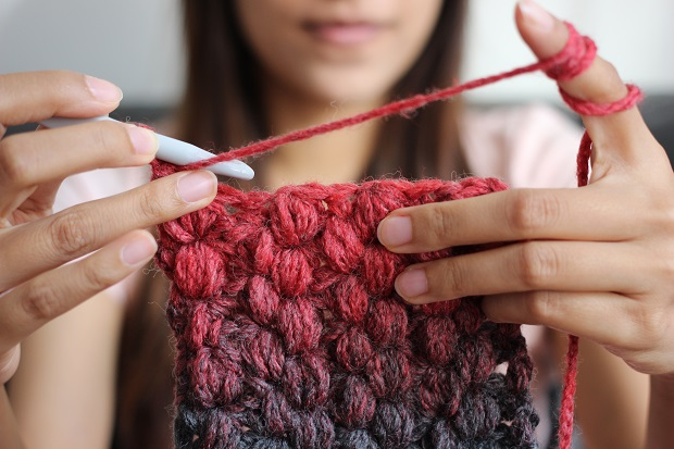 10 Crochet Tips For Beginners: How To Start On A Project A Mum Reviews