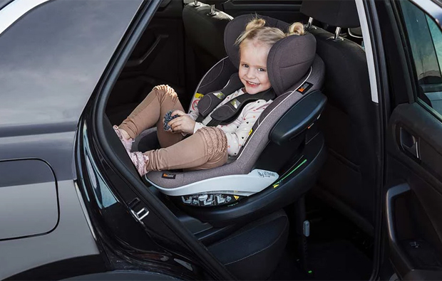Car-Seat-Active-Retract-Harness
