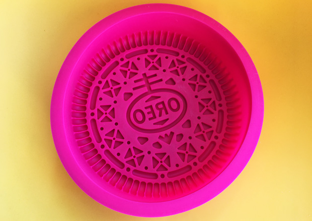 Giant Oreo Biscuit Mould