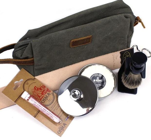 Shaving Starter Kit With Wash Bag