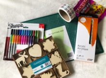 A Fun Christmas Craft Activity + Craft Supply Giveaway!